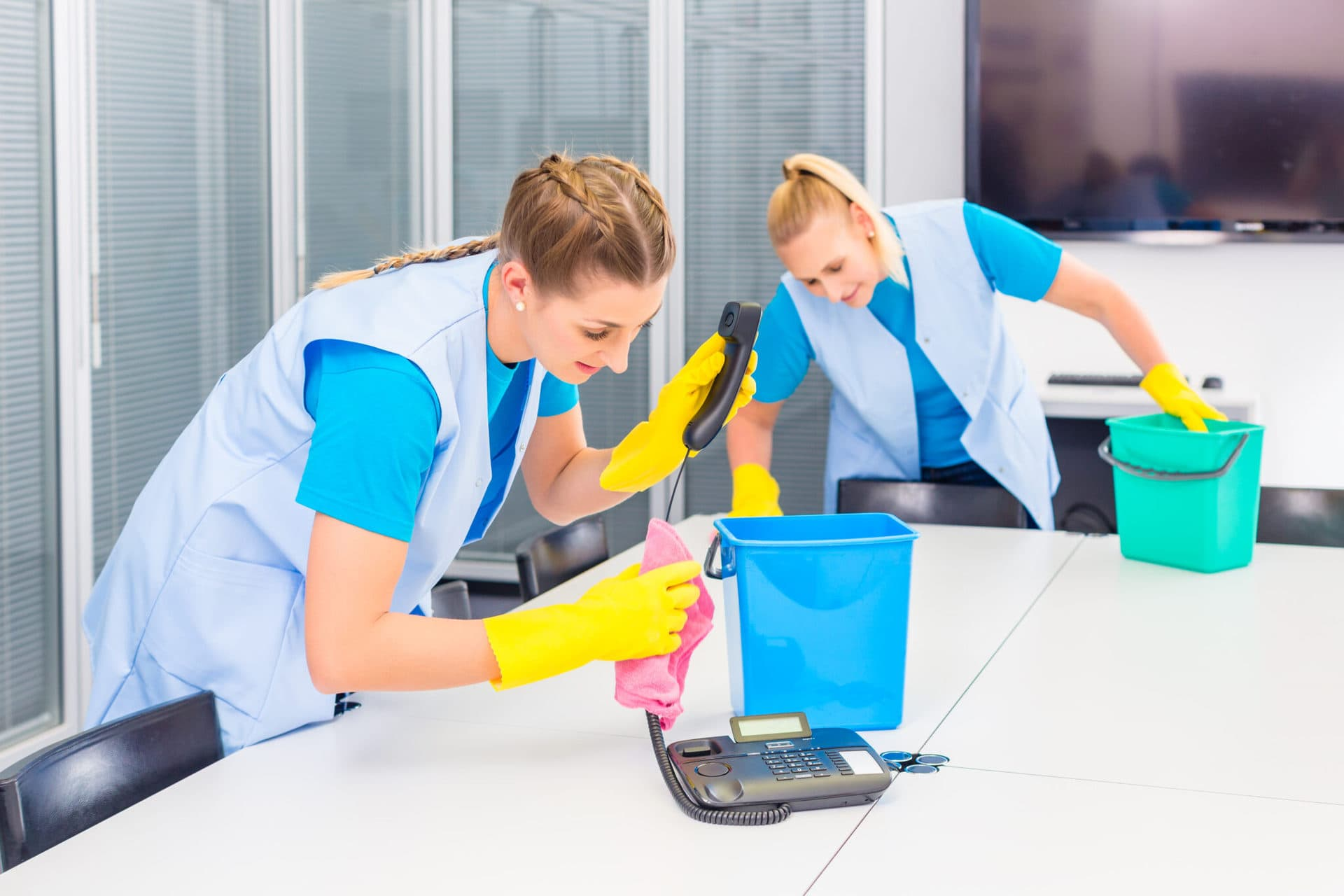 hire professional commercial cleaning services cleaning company for spring cleaning business
